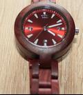 Volledig houten horloge