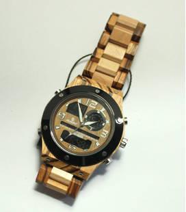 Houten Horloge met analoog en digitaal uurwerk