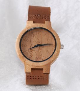 Houten horloge met poes-afbeelding